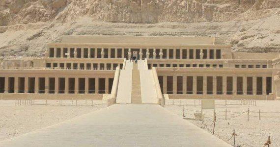 Safaga nach Luxor mit dem Bus Privater Tagesausflug