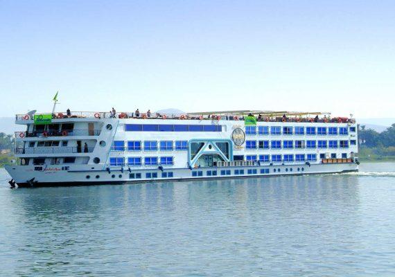 Nilkreuzfahrtschiff-MS-Esadora