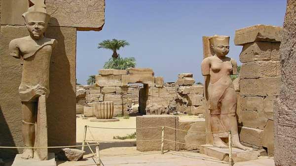 Ausflug nach Luxor ab Makadi Bay mit Bus 2 Tage Erlebnisausflug