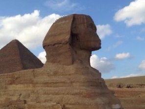 Tagesausflug nach Kairo  ab Sahl Hasheesh  mit Bus