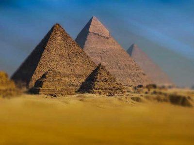 Tagesausflug  nach Kairo ab Safaga mit dem flug Pyramiden