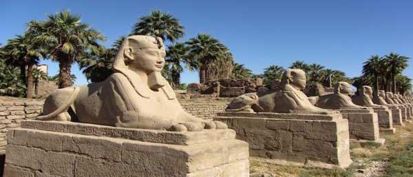 TempelanlagevonKarnak Tagesausflug nach Luxor ab Hurghada mit Bus